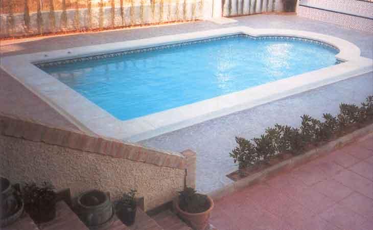 Piscinas prefabricadas spas for Precios de piscinas prefabricadas