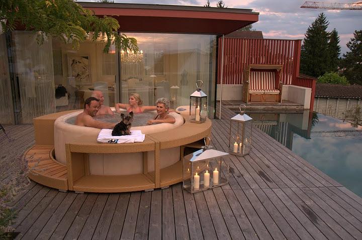 spa resort 300 softub. Black Bedroom Furniture Sets. Home Design Ideas